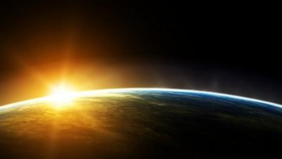 На орбіті Землі