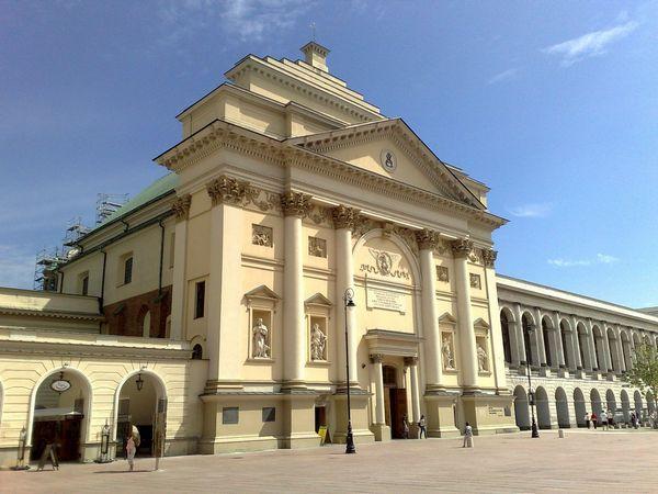 костел святої Анни у Варшаві