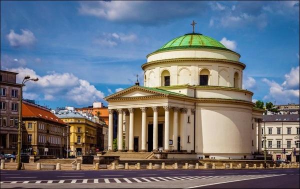 площа трьох хрестів у Варшаві