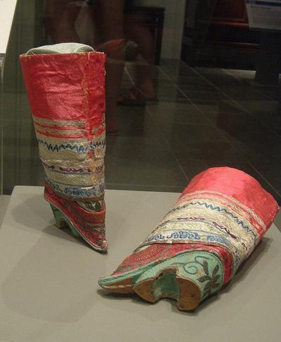 взуття в стародавньому Китаї