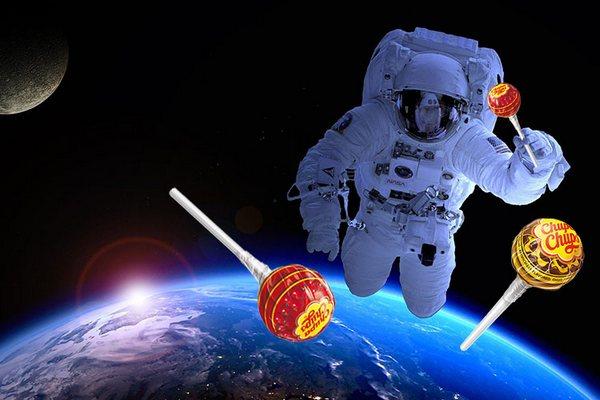 чупа чупс у космосі